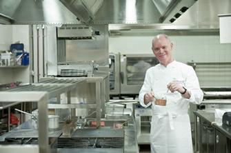 sub1_thumb41 非日常的な空間、洗練された料理 驚きが連鎖するステーキハウス