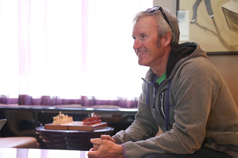 """sub53 Jeep®をカスタムした""""仰天計画""""を立てる元オリンピックスキーヤー、スティーブン・リー氏インタビュー"""