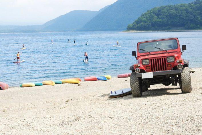 12-706x470 Jeep®で行く!人気沸騰中のウォータースポーツSUPに本栖湖でチャレンジ