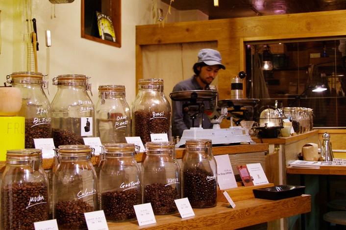 re_IMGP57730-706x470 コーヒーカルチャーが日本を席巻中!全国のこだわりビーンズ・ショップ。