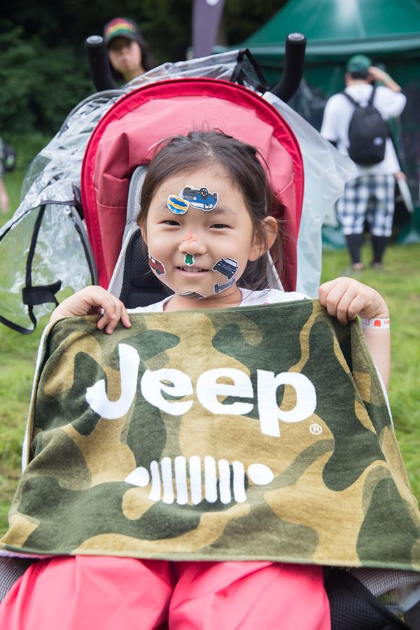 150724_YK_00047 夏フェス・ファッションの今がわかる!<フジロックフェスティバル'15>にJeep®スナップ隊が潜入。