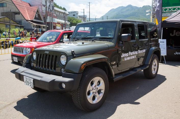 150726_YK_00037-706x470 『Jeep® Renegade』が初お披露目!Jeep®の<フジロックフェスティバル'15>参戦を振り返る!