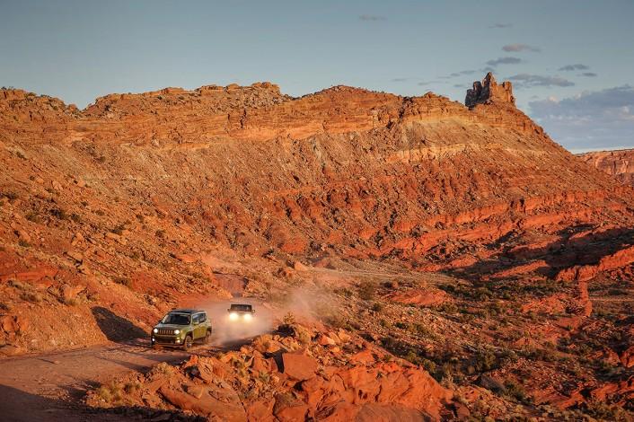 Jeep_75th__1100-706x470 75年のヒストリーが証明するJeep®の実力と魅力を聖地モアブで体験してきた Part 1