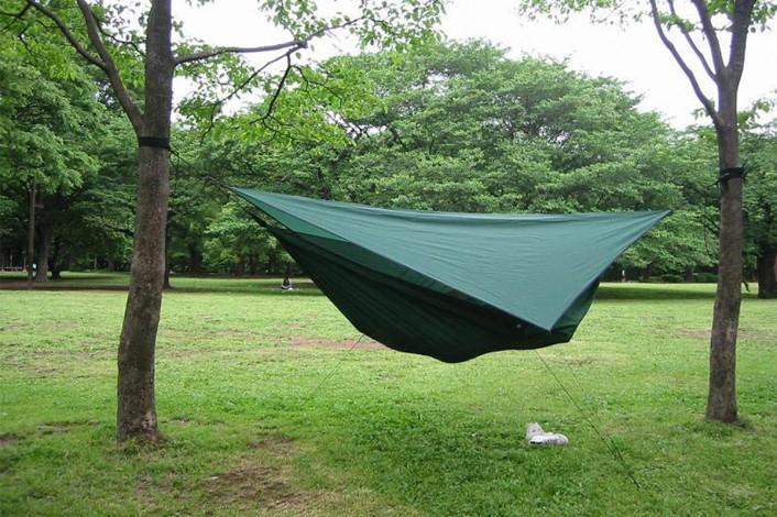 hammock_re-706x470 Jeep®で夏キャンプへ!快適に過ごすための暑さ対策&便利アイテム12選!