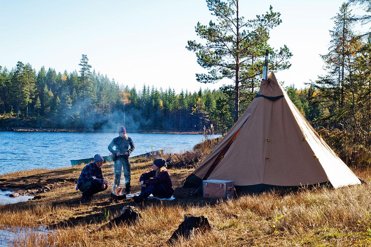 1_zirkonCP1 雪中キャンプに持っていくべき装備&防寒アイテム10選!テントやペグ、おしゃれストーブなど、あると安心&便利なギア大特集