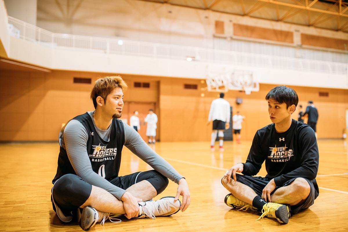 170324_YK_00111 プロバスケットボール「Bリーグ」所属、サンロッカーズ渋谷のプレーヤーでJeep®オーナー。伊藤駿選手&満原優樹選手にインタビュー!
