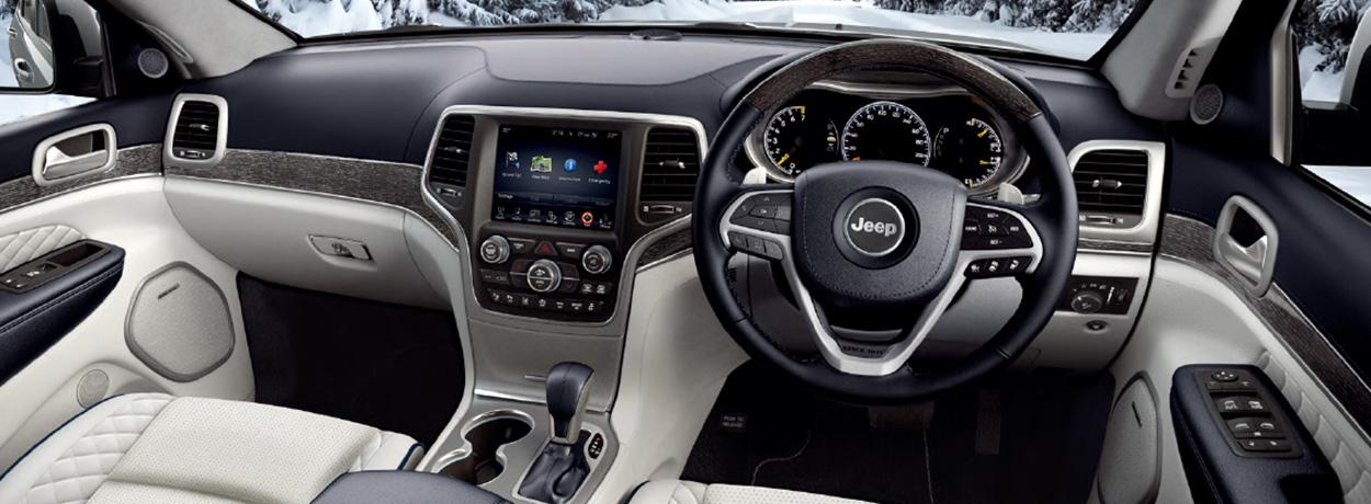 Jeep Cherokee Altitude >> 新型『Grand Cherokee』がついにデビュー!約四半世紀に渡るグランドチェロキーの軌跡を歴代モデルと振り返る ...