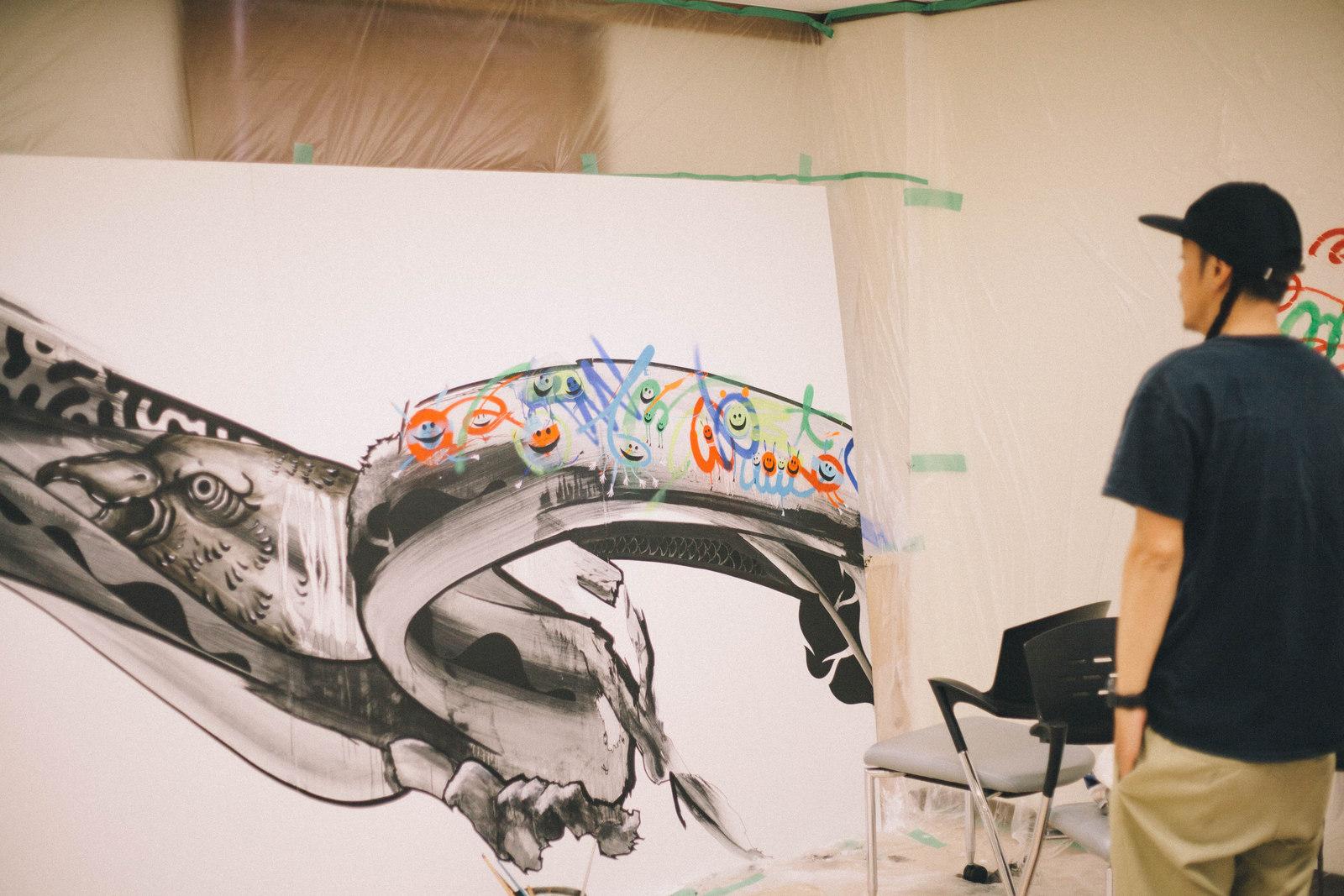 IMG_1343 国内外で活躍するアーティスト4組の「作品の向こう側」| ジャーナル スタンダード「オムニバス展」密着レポート!