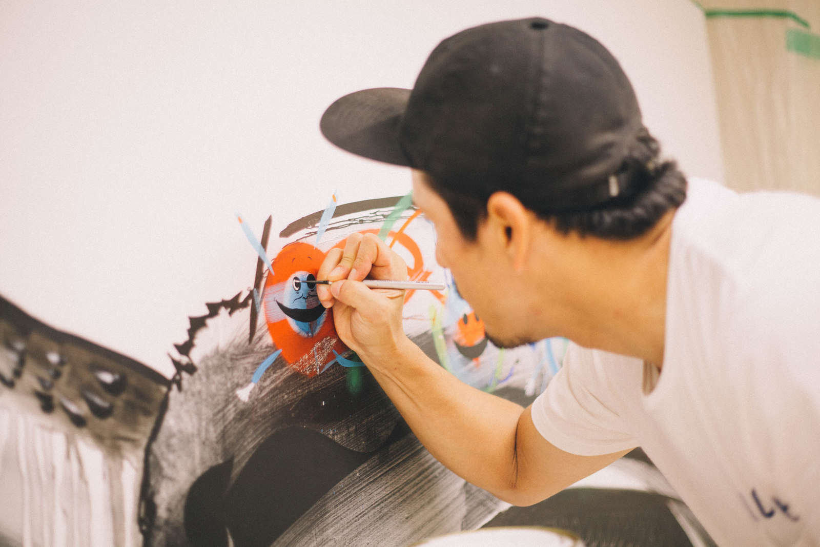 IMG_1389 国内外で活躍するアーティスト4組の「作品の向こう側」| ジャーナル スタンダード「オムニバス展」密着レポート!
