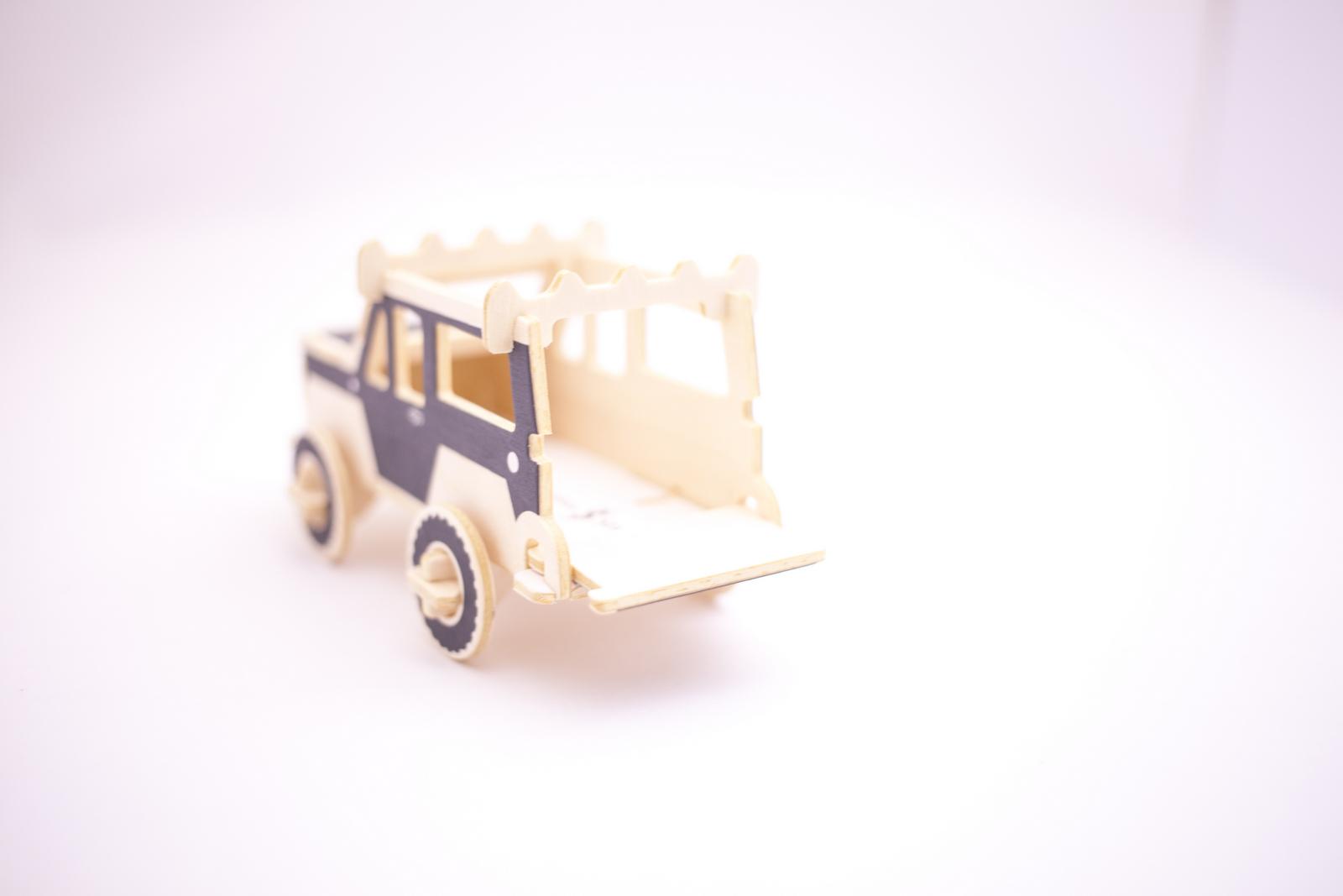 """IMG_1189 Jeep® Wrangler Unlimited """"TOKYO RATED"""" モデルの限定ノベルティがもらえる!〈ジャーナル スタンダード〉との連動キャンペーン実施中!"""