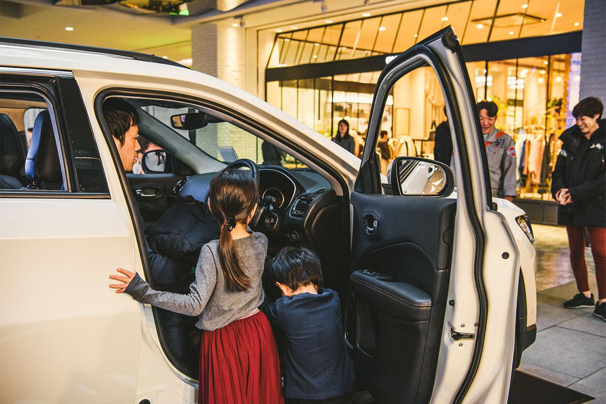20171125_qetic-jeep-0030 新型『Jeep® Compass』の発売に先駆け、横浜のMARK ISみなとみらいで実車展示イベントを開催!