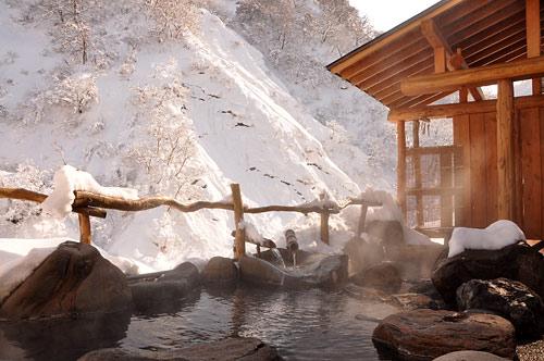 roten_05 おすすめ温泉特集11選!年末年始の旅行や日帰りドライブで行きたい、オフロードや雪道&大自然の絶景を楽しめる秘湯・名湯を厳選紹介