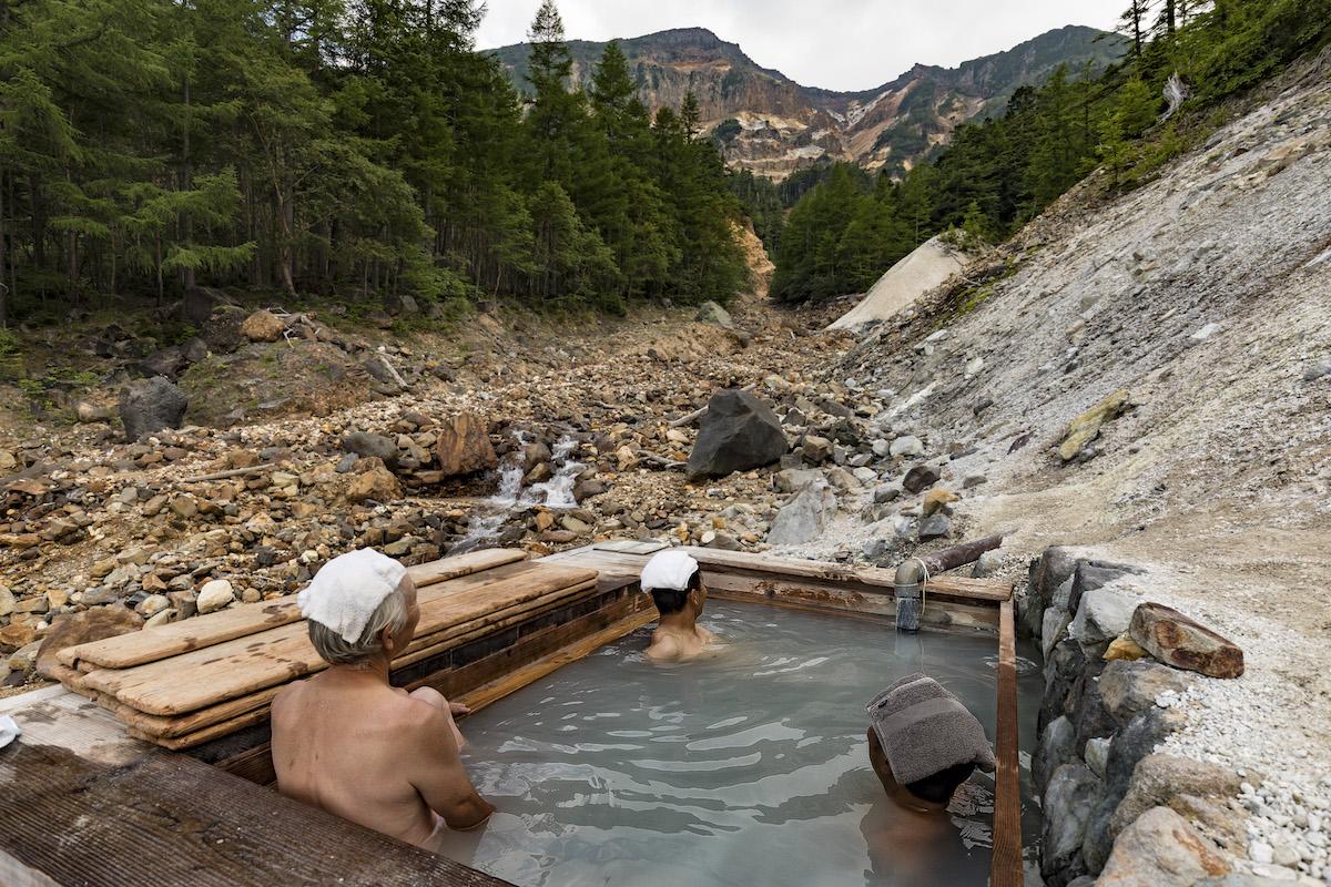 Honzawa-Iou-_5D47308 UNMAP YOUR LIFE 〜山梨県、八ヶ岳・本沢温泉&硫黄岳編〜 温泉のある山旅で自分を解放する、こだわりの時間