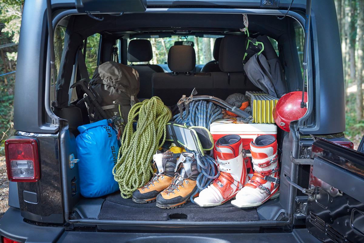 realstyle180424_01 まさにオフロードを走れるツールボックス。Jeep® Wrangler Unlimited Sportにギアを積み込んで山を遊ぶ!
