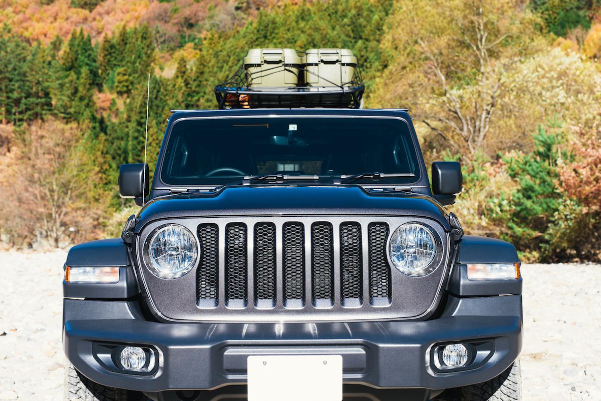 181213_jeep_sasaki_3 【キャンプサイト編】RealStyleを体現するスキーヤー佐々木明とNEW Jeep® Wranglerでアウトドアへ! 〜純正アクセサリー & キャンプギア大特集〜