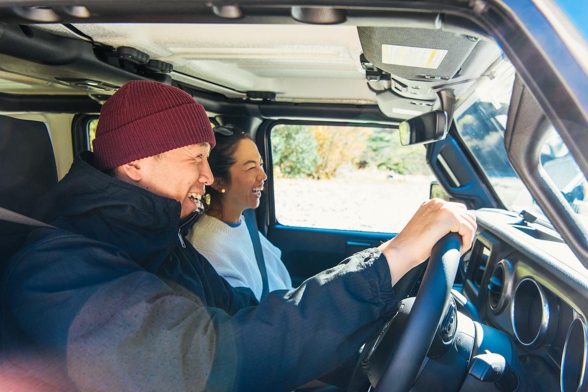181213_jeep_sasaki_5 【キャンプサイト編】RealStyleを体現するスキーヤー佐々木明とNEW Jeep® Wranglerでアウトドアへ! 〜純正アクセサリー & キャンプギア大特集〜