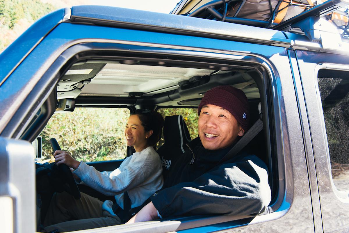 181213_jeep_sasaki_6 【キャンプサイト編】RealStyleを体現するスキーヤー佐々木明とNEW Jeep® Wranglerでアウトドアへ! 〜純正アクセサリー & キャンプギア大特集〜