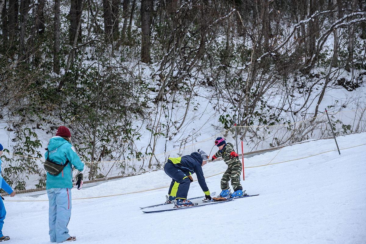 DSC_7873 Jeepがサポートする復興支援プロジェクト『雪育遠足』レポート&佐々木明×井山敬介のトップスキーヤー対談!