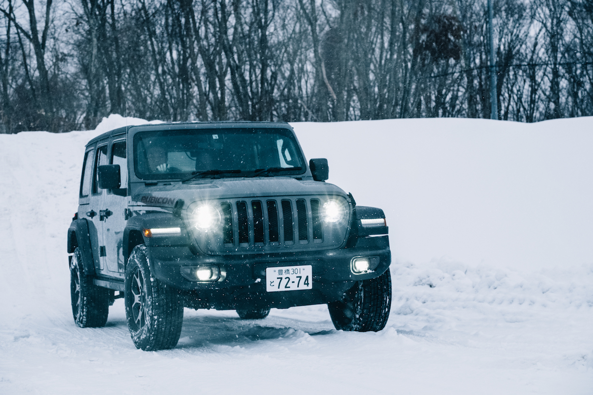 190215_jeep_wrangleronthesnow_12 雪道、凍結面で4WDの威力を発揮!ALL-NEW Jeep®︎ Wrangler雪上試乗会レポート!