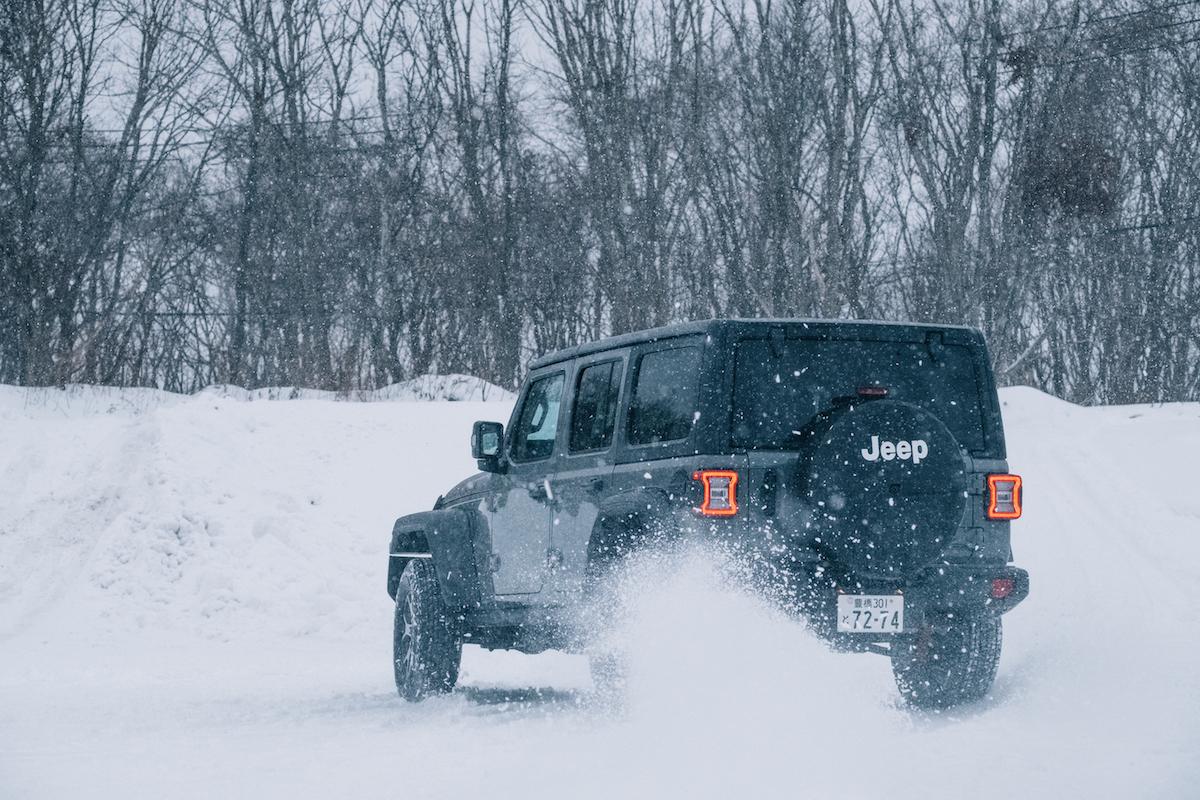 190215_jeep_wrangleronthesnow_14 雪道、凍結面で4WDの威力を発揮!ALL-NEW Jeep®︎ Wrangler雪上試乗会レポート!