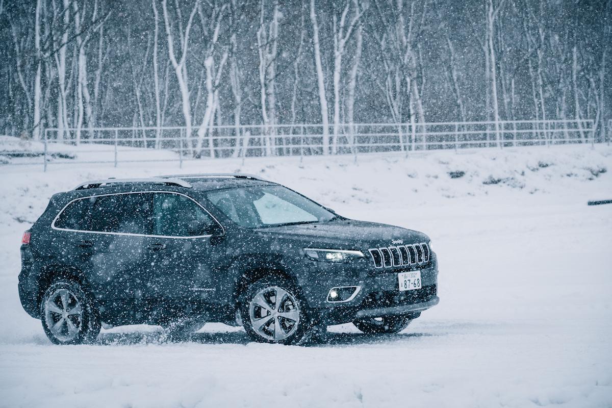 190215_jeep_wrangleronthesnow_19 雪道、凍結面で4WDの威力を発揮!ALL-NEW Jeep®︎ Wrangler雪上試乗会レポート!