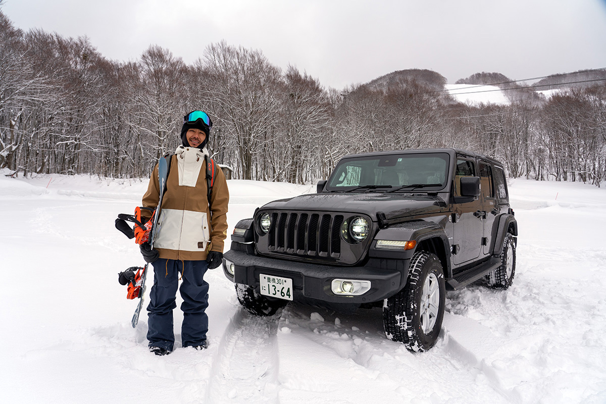 豊富な雪を求め、世界的トップスノーボーダー布施 忠がJeep Wranglerで豪雪地・八甲田を旅した二日間