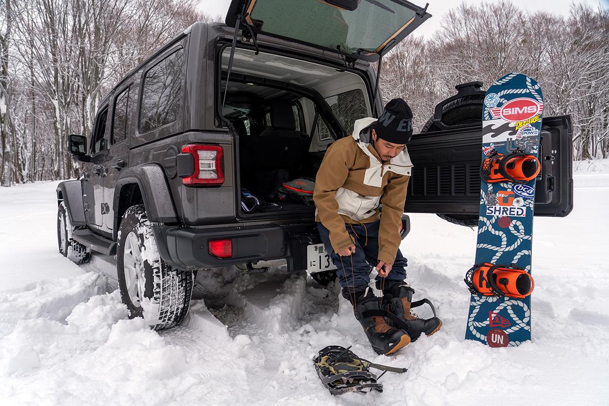 4_DSC7150 豊富な雪を求め、世界的トップスノーボーダー布施 忠がJeep Wranglerで豪雪地・八甲田を旅した二日間