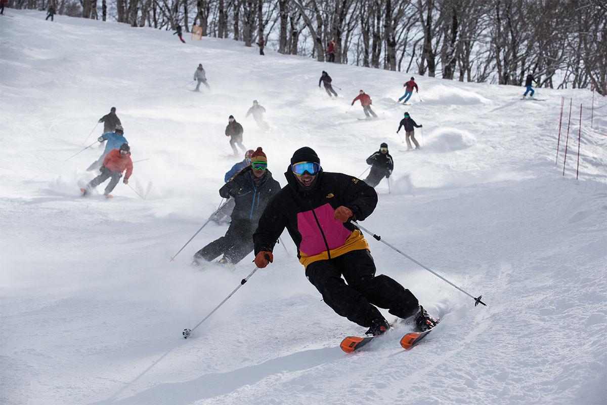 HIRO1457 今シーズンもSALOMON SNOW TOUR Powered by Jeep®がスタート!スキーヤー・佐々木明氏と俳優・田村幸士氏がスキーの魅力を大放談