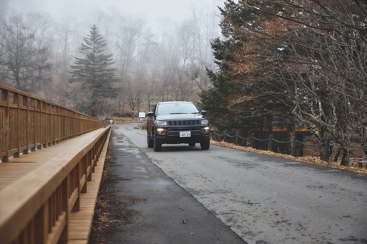 200226_jeep_0303 【ドライブコース特集】ビーナスラインを経由して、湖畔に佇む宿泊滞在型施設『TINY GARDEN 蓼科』へショートトリップ