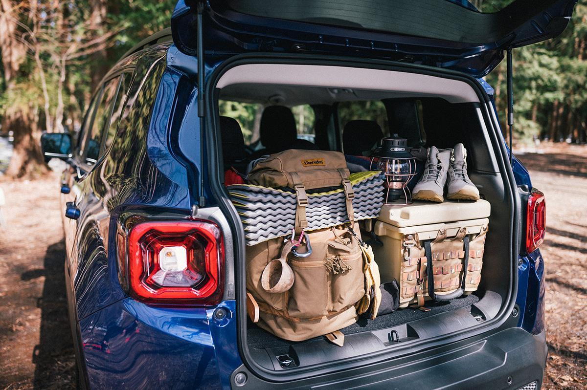 20200317_qetic-jeep-0007 【Jeepモデル別・積載企画】Jeep Compassに合うギア&積み方のポイントを人気スタイリスト・平健一がレクチャー!