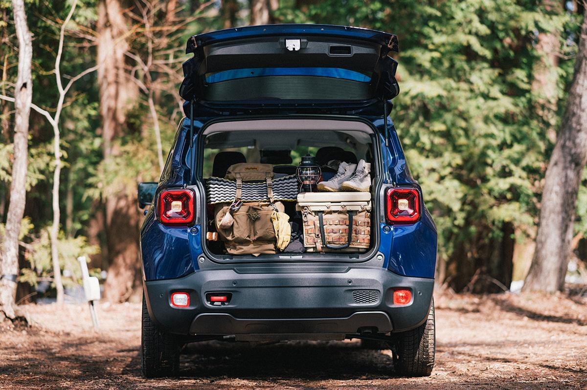 20200317_qetic-jeep-0013 【Jeepモデル別・積載企画】Jeep Renegadeに合うギア&積み方のポイントを人気スタイリスト・平健一がレクチャー!