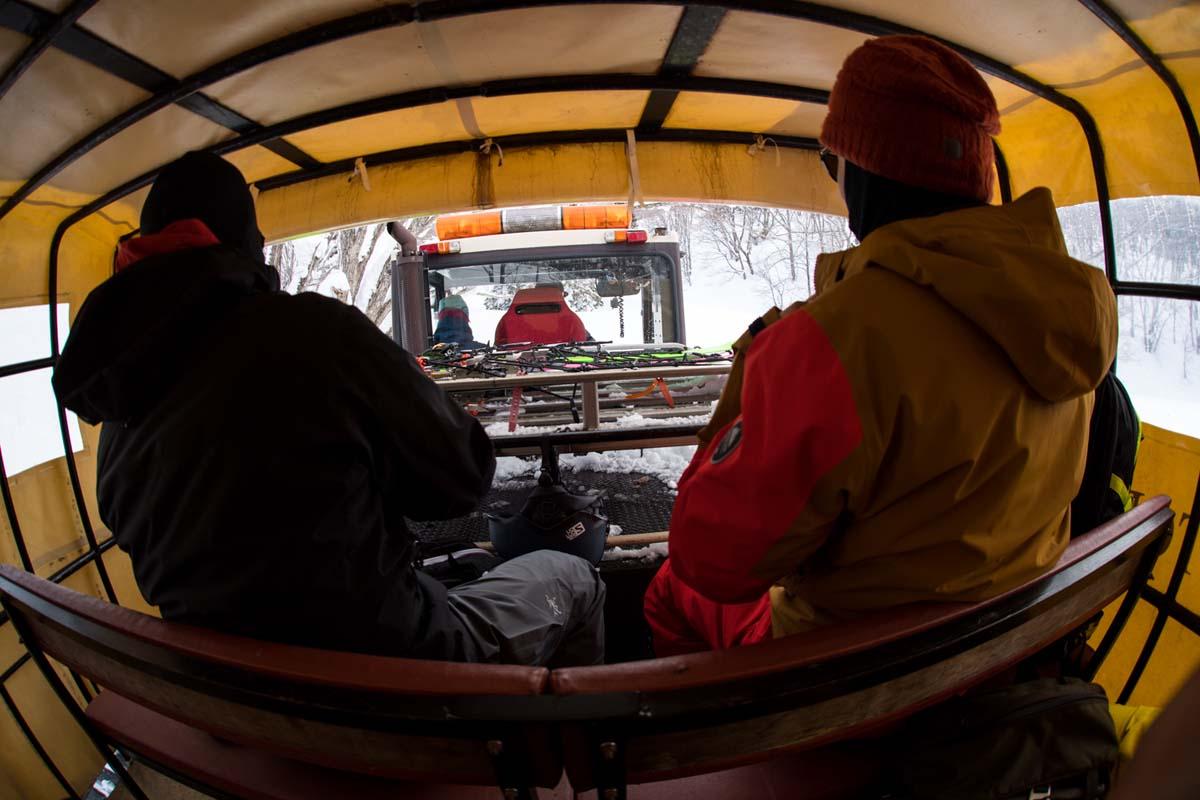 TAK1802_0991 Jeep®︎ UNMAP YOUR LIFE 〜山形県、月山バックカントリー&雪上車ツアー編〜 自分を解放する、こだわりの時間