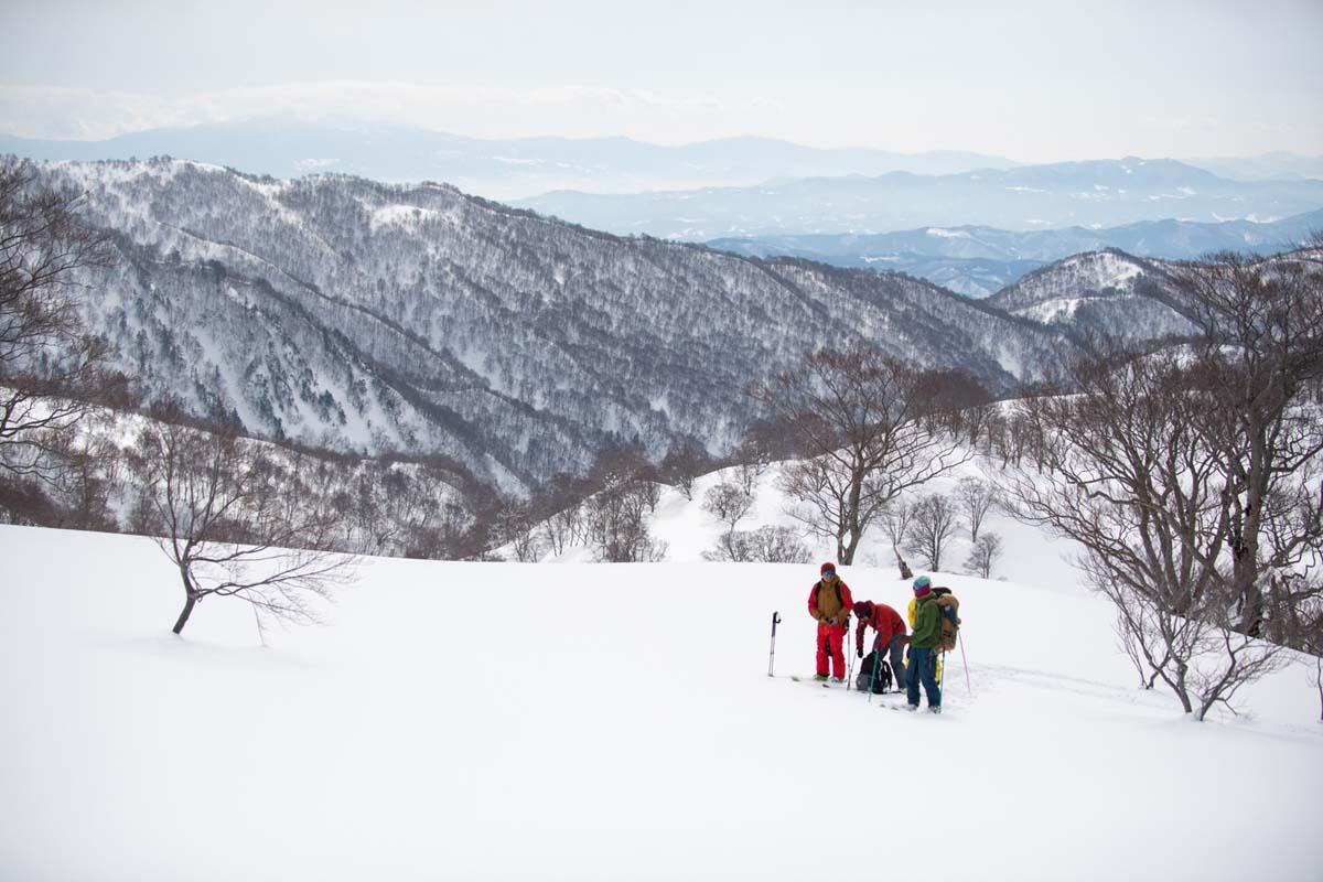 TAK1802_1038 Jeep®︎ UNMAP YOUR LIFE 〜山形県、月山バックカントリー&雪上車ツアー編〜 自分を解放する、こだわりの時間