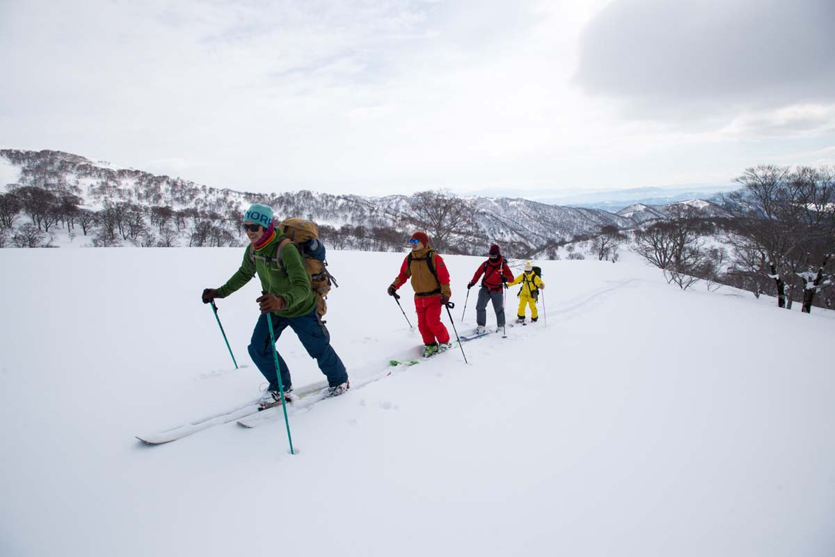 TAK1802_1045 Jeep®︎ UNMAP YOUR LIFE 〜山形県、月山バックカントリー&雪上車ツアー編〜 自分を解放する、こだわりの時間