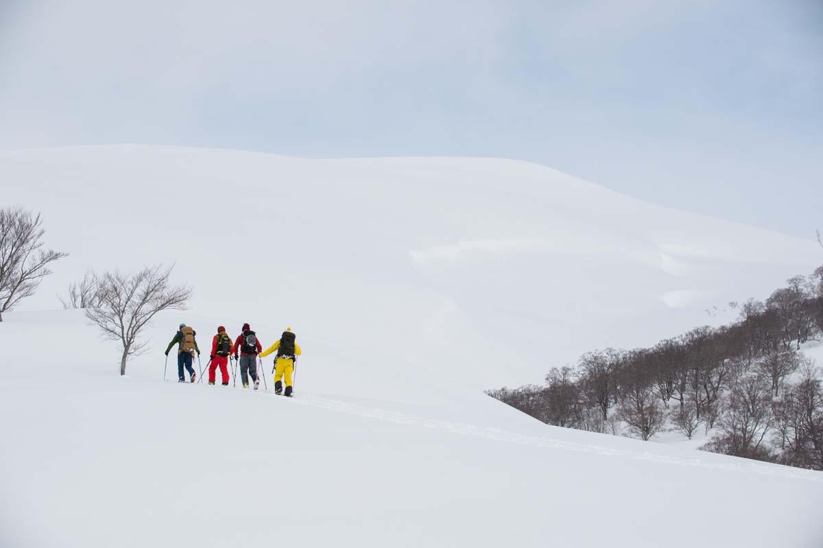 TAK1802_1056 Jeep®︎ UNMAP YOUR LIFE 〜山形県、月山バックカントリー&雪上車ツアー編〜 自分を解放する、こだわりの時間