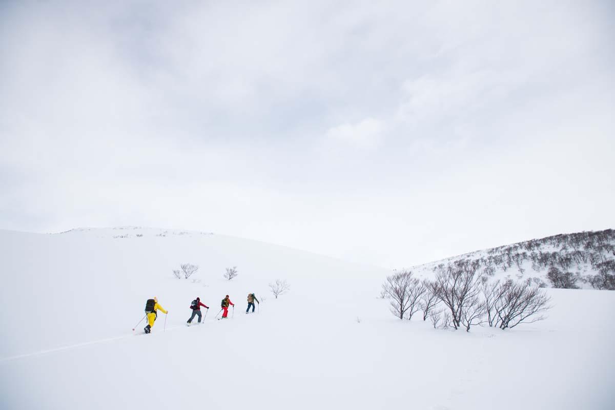 TAK1802_1062 Jeep®︎ UNMAP YOUR LIFE 〜山形県、月山バックカントリー&雪上車ツアー編〜 自分を解放する、こだわりの時間