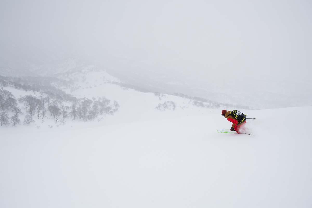 TAK1802_1080 Jeep®︎ UNMAP YOUR LIFE 〜山形県、月山バックカントリー&雪上車ツアー編〜 自分を解放する、こだわりの時間