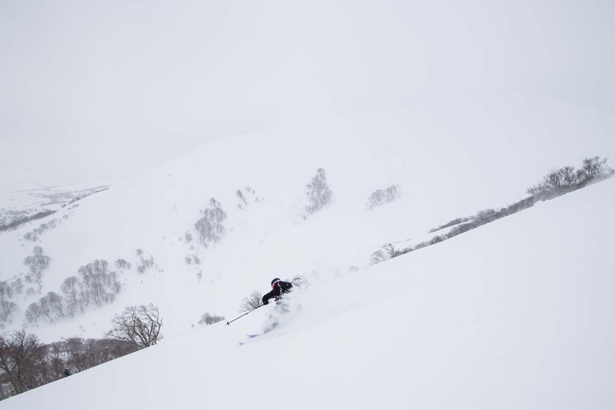 TAK1802_1110 Jeep®︎ UNMAP YOUR LIFE 〜山形県、月山バックカントリー&雪上車ツアー編〜 自分を解放する、こだわりの時間
