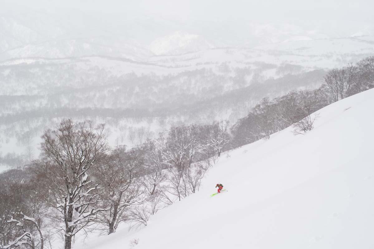 TAK1802_1152 Jeep®︎ UNMAP YOUR LIFE 〜山形県、月山バックカントリー&雪上車ツアー編〜 自分を解放する、こだわりの時間