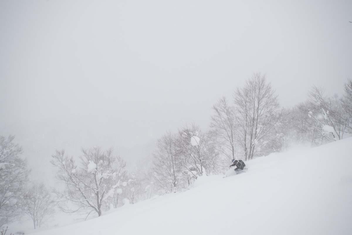 TAK1802_1382 Jeep®︎ UNMAP YOUR LIFE 〜山形県、月山バックカントリー&雪上車ツアー編〜 自分を解放する、こだわりの時間