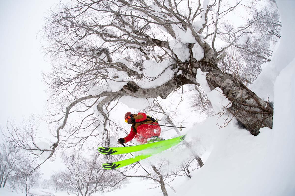 TAK1802_1395 Jeep®︎ UNMAP YOUR LIFE 〜山形県、月山バックカントリー&雪上車ツアー編〜 自分を解放する、こだわりの時間