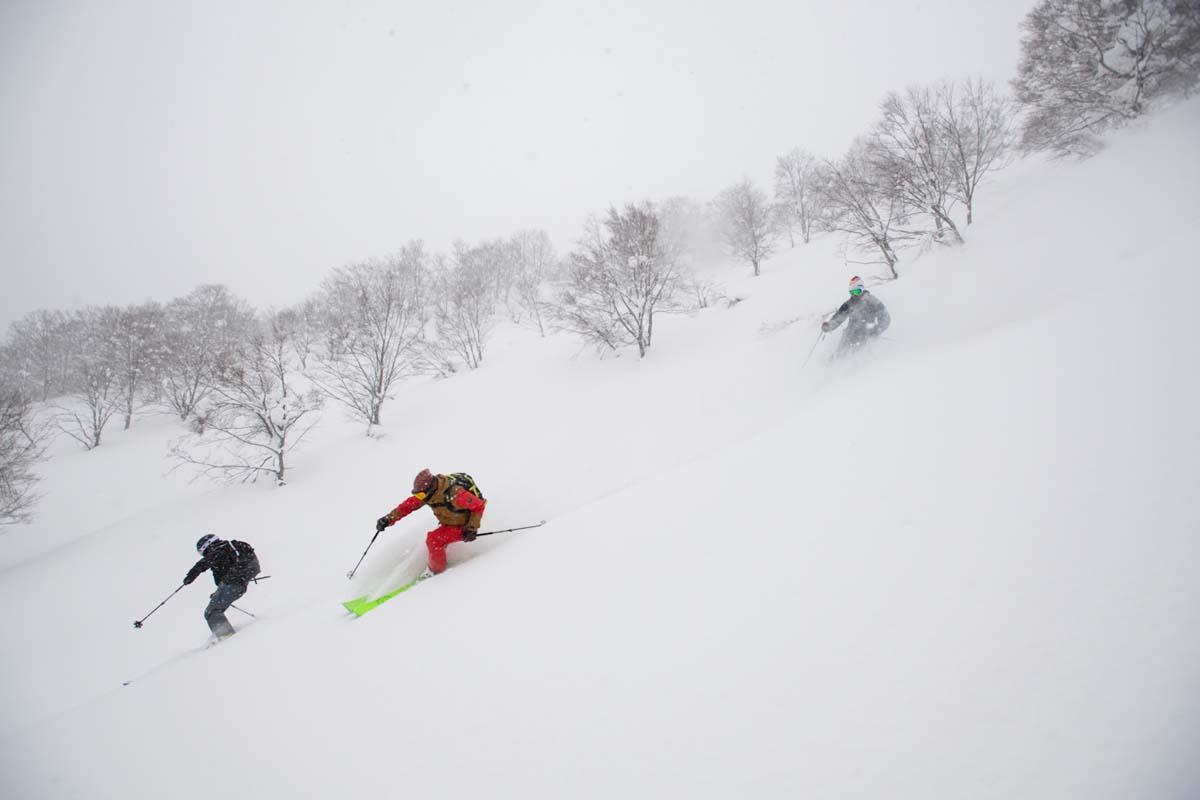 TAK1802_1405 Jeep®︎ UNMAP YOUR LIFE 〜山形県、月山バックカントリー&雪上車ツアー編〜 自分を解放する、こだわりの時間