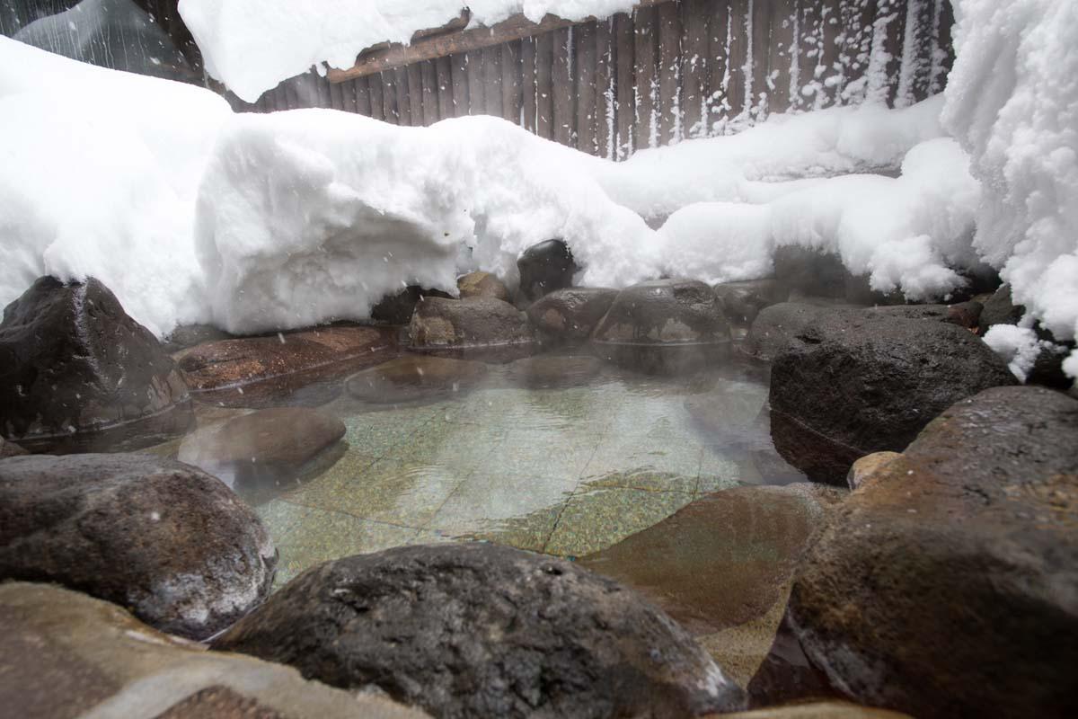 TAK1802_1500 Jeep®︎ UNMAP YOUR LIFE 〜山形県、月山バックカントリー&雪上車ツアー編〜 自分を解放する、こだわりの時間
