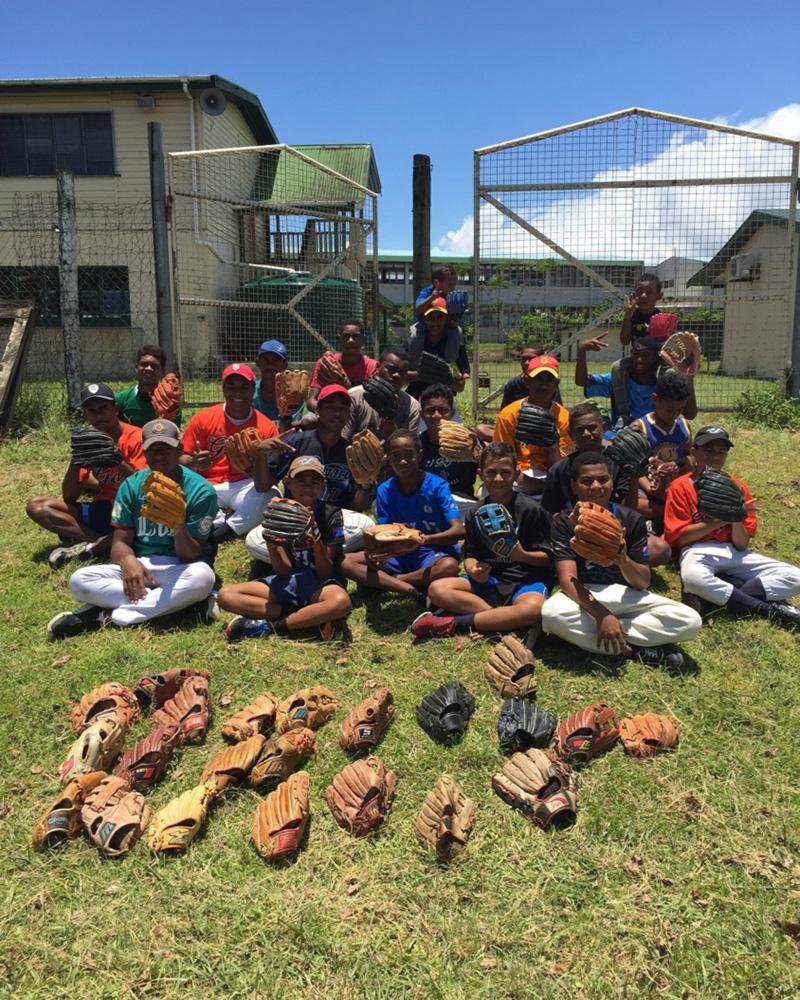 a909388015e9e4b9496069a51ce5387b Jeep協賛の『世界の野球グローブ支援プロジェクト』現地レポート!