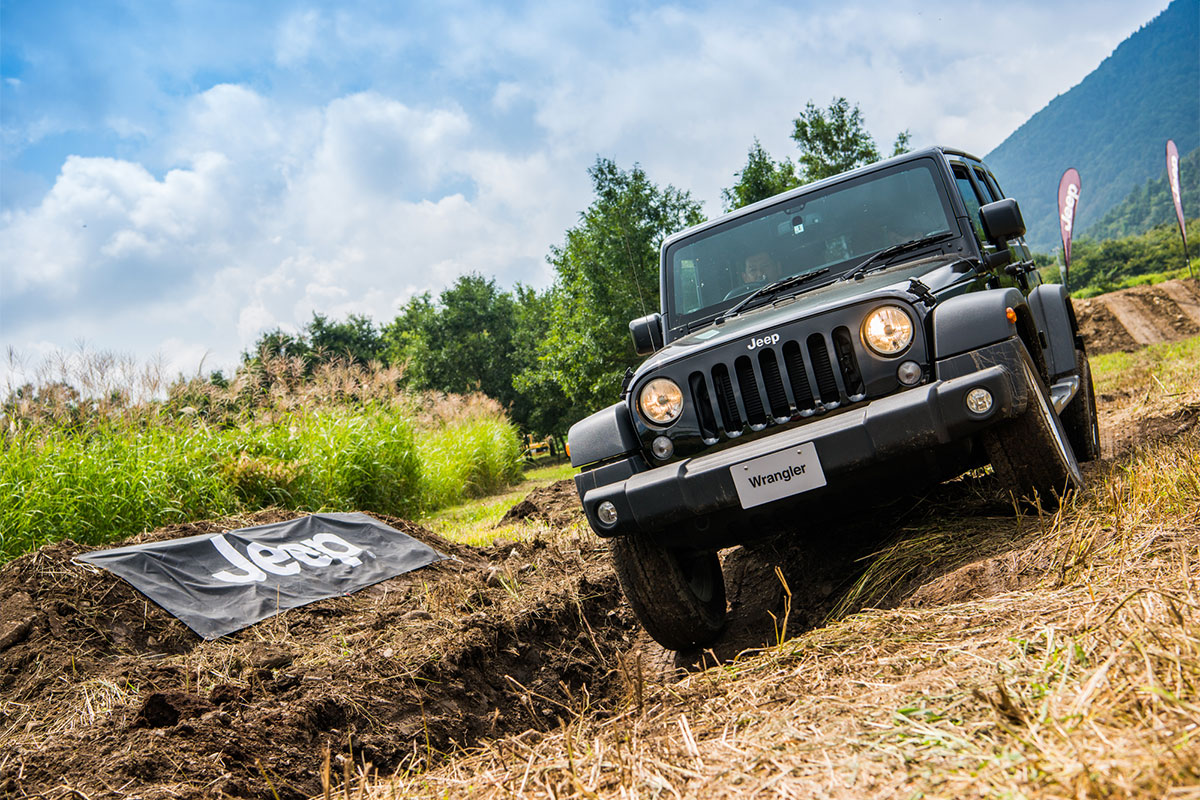 20170909_qetic-0069 Jeep®オーナーの祭典<Jeep® Festival 2017>が今年も開催! 迫力のオフロード試乗体験&レクチャー、キャンプファイヤーまで。魅力満載の2日間を徹底レポート!