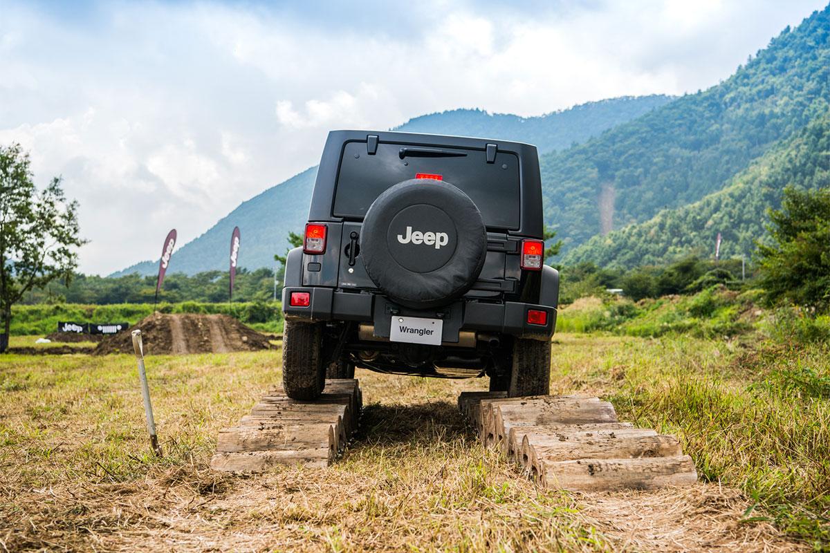 20170909_qetic-0245 Jeep®オーナーの祭典<Jeep® Festival 2017>が今年も開催! 迫力のオフロード試乗体験&レクチャー、キャンプファイヤーまで。魅力満載の2日間を徹底レポート!