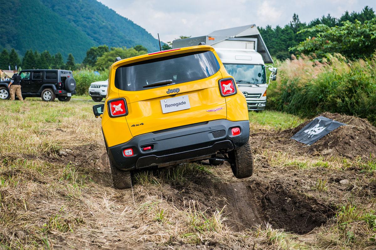 20170909_qetic-0296 Jeep®オーナーの祭典<Jeep® Festival 2017>が今年も開催! 迫力のオフロード試乗体験&レクチャー、キャンプファイヤーまで。魅力満載の2日間を徹底レポート!