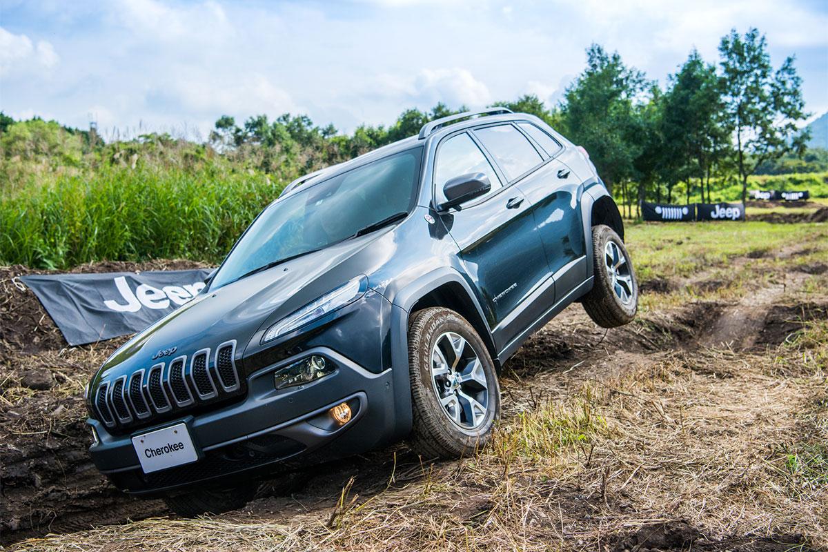 20170909_qetic-0613 Jeep®オーナーの祭典<Jeep® Festival 2017>が今年も開催! 迫力のオフロード試乗体験&レクチャー、キャンプファイヤーまで。魅力満載の2日間を徹底レポート!
