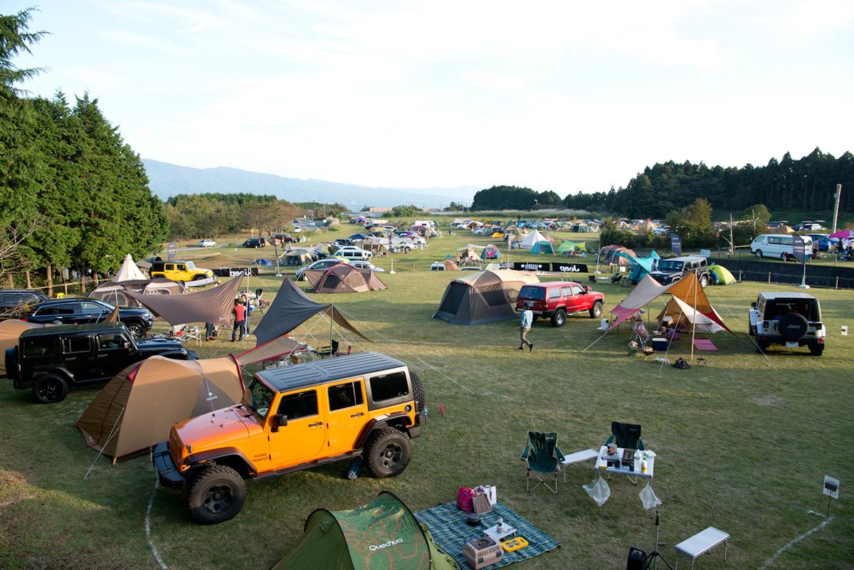20161015_jeep-0505 Jeep®オーナーの祭典<Jeep® Festival 2016>が開催! オフロード試乗体験や焚火料理など、アウトドアを本気で楽しむキャンプイベントを徹底レポート!
