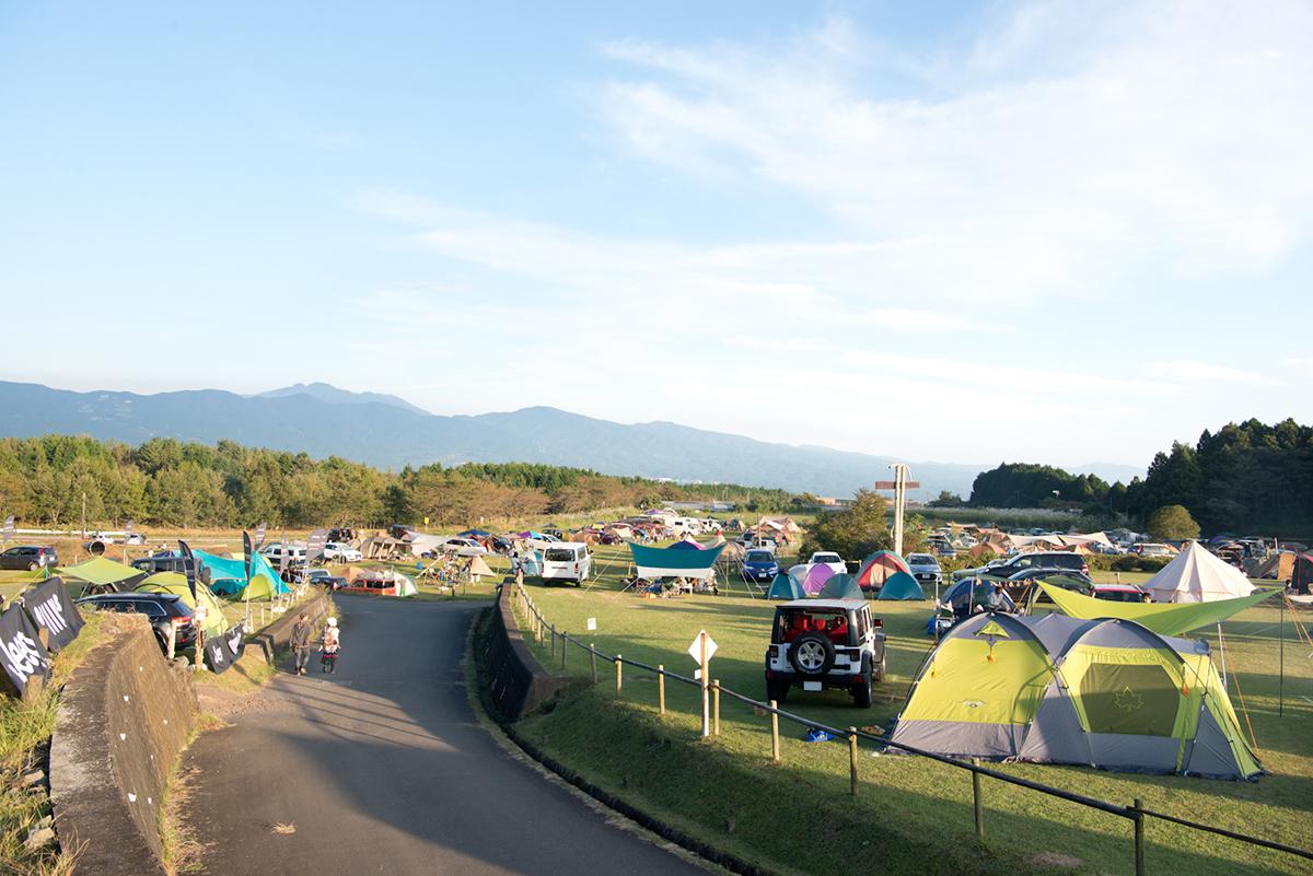 20161015_jeep-0523-1 Jeep®オーナーの祭典<Jeep® Festival 2016>が開催! オフロード試乗体験や焚火料理など、アウトドアを本気で楽しむキャンプイベントを徹底レポート!